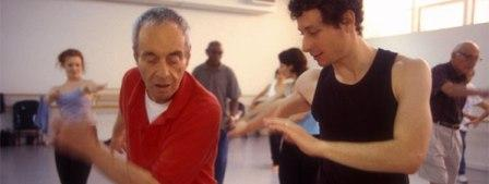 David Leventhal leads dance therapy